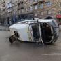 На опасном перекрестке в центре Волгограда начали монтировать светофоры над дорогой