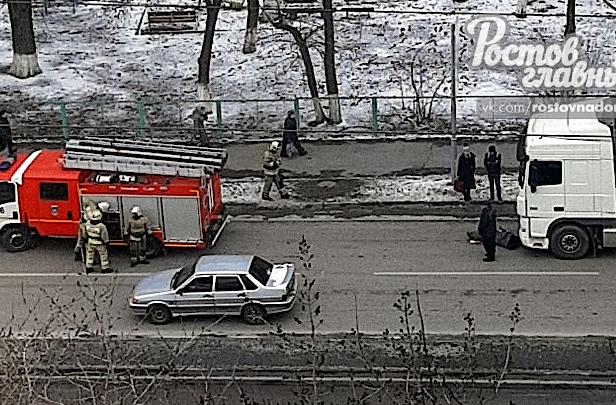 В Ростове на Вятской фура сбила женщину