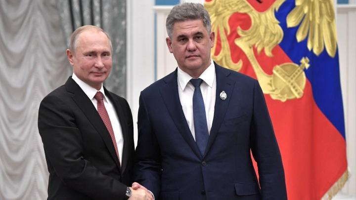 Путин присвоил тюменцу Альберту Суфианову звание заслуженного врача России