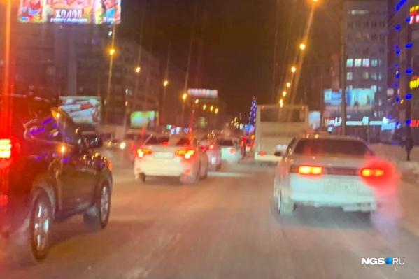 В четверг пробки в городе снова достигли максимальной отметки