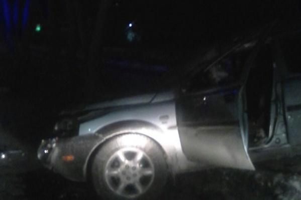 ДТП произошло ночью в Калининском районе Новосибирска