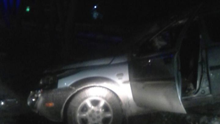 Лишённый прав водитель Land Rover устроил аварию на Объединения
