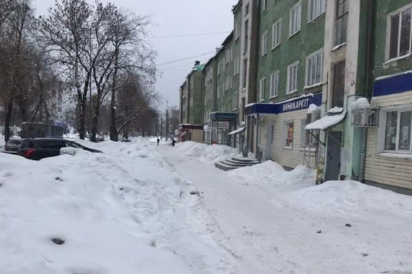 Качество уборки снега на тихом Компросе не устроило врио губернатора
