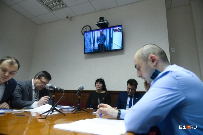 На заседании Михаил Михайлов не присутствовал, с судьей он мог общаться по видео-конференц-связи
