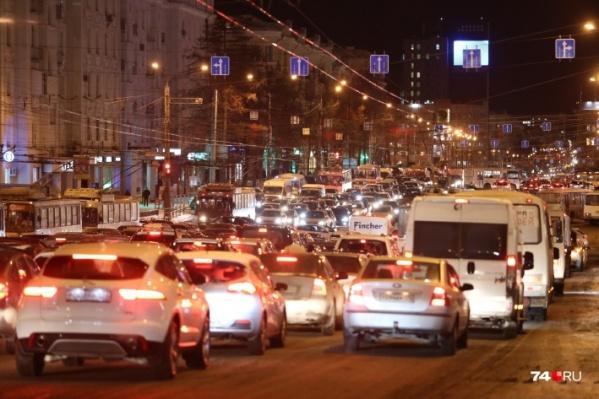 В Челябинске как городе-миллионнике работы со светофорами непочатый край