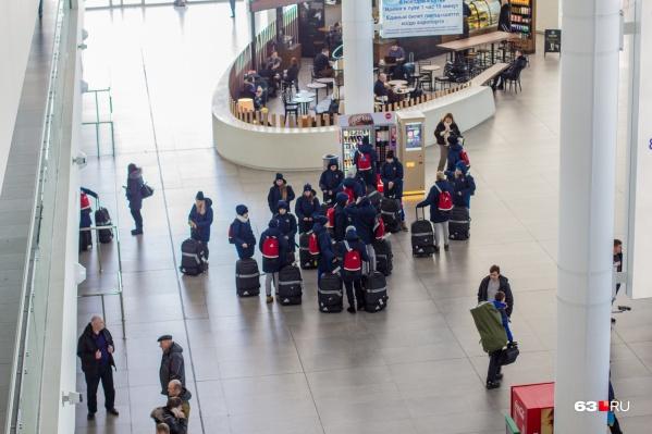 Запрещённые вещества изъяли в самарском аэропорту