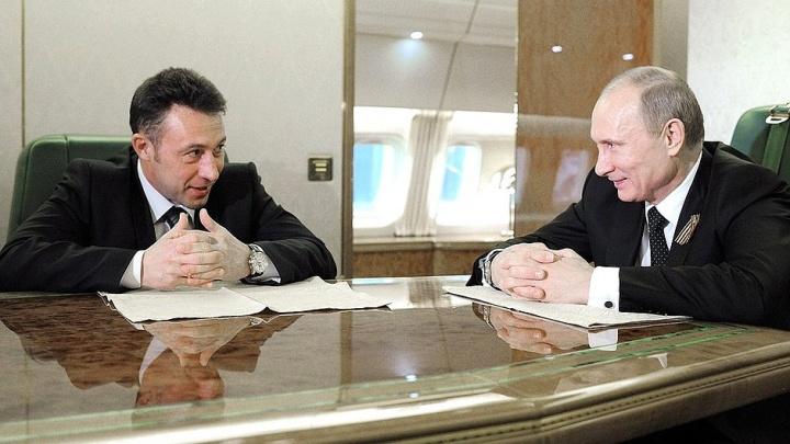 Что ни делал — всё танк получался: чем запомнился Екатеринбургу полпред Игорь Холманских