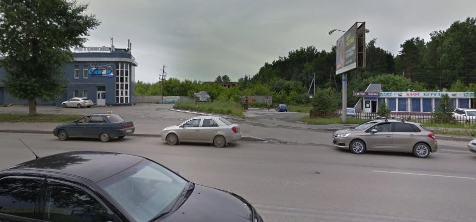 Грибные тропы, большие стройки и снесенные улицы: идем по маршруту трамвая из Екатеринбурга в Пышму