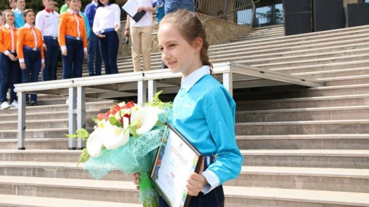 Наша звёздочка: космонавты с МКС объявили школьницу из Челябинской области 100-тысячным «артековцем»