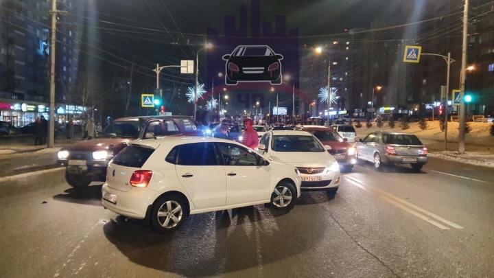 «Сыграли в бильярд»: из-за лихача на Годенко разбилось 4 машины