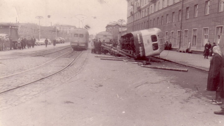 Неизвестная трагедия: как на Челюскинцев 50 лет назад перевернулся трамвай
