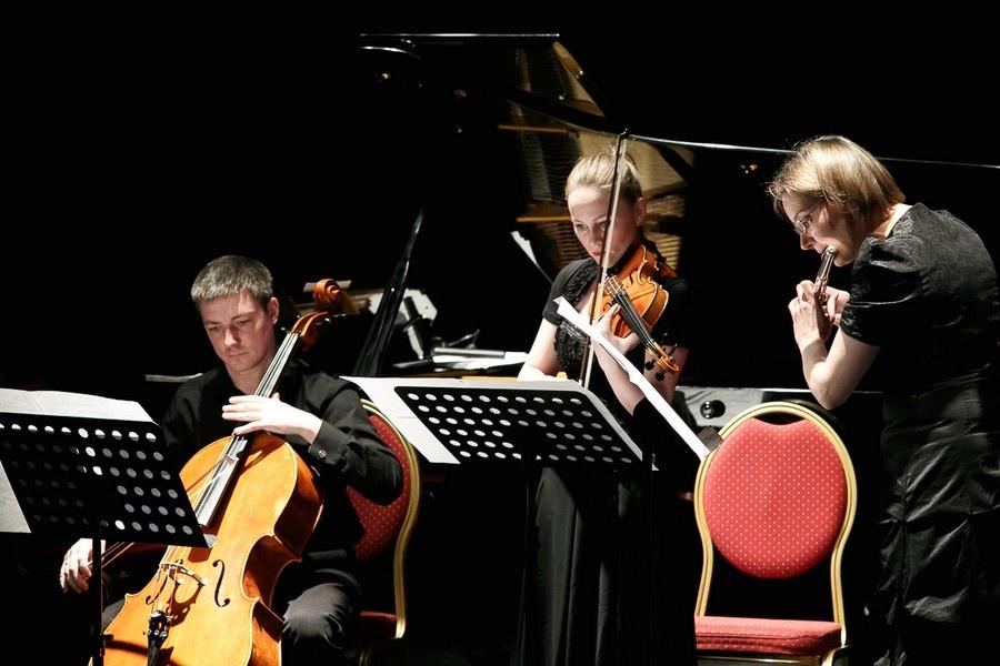 5 вечеров в Екатеринбурге: когда идти на концерт Скриптонита и где узнать больше о женщинах-поэтах