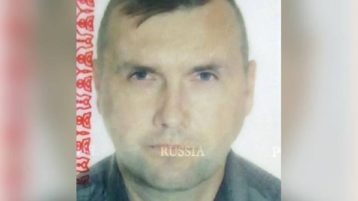 Ушёл в домашних тапочках: в Ярославле разыскивают 48-летнего мужчину