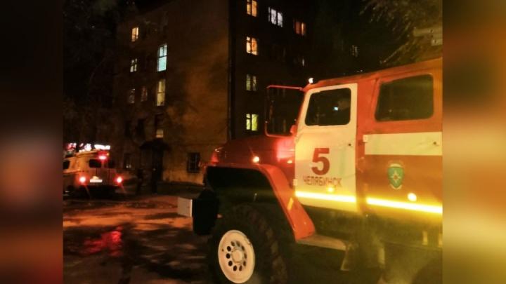 «Лежит в реанимации»: четырёхлетняя челябинка попала в больницу, устроив пожар зажигалкой бабушки
