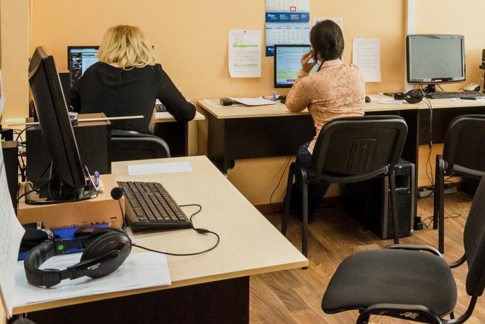 Торговая сеть восстановила уволенную работницу и выплатила ей деньги после того, как в дело вмешалась прокуратура