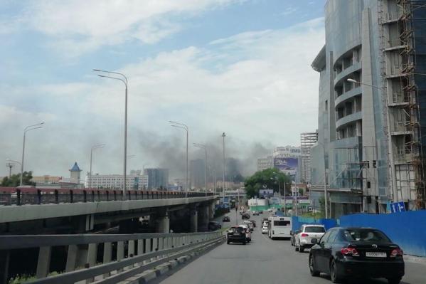 Двухэтажный дом в центре Ростова горел полчаса