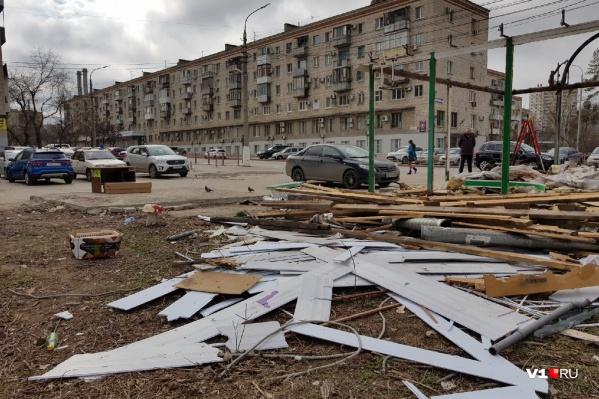 Волгоградцы пытались продлить жизнь павильону, двадцать лет работавшему в центре города