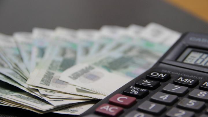 Должников обязали платить компенсацию за отключение и подключение электроэнергии