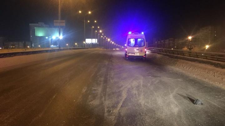 ГИБДД попросила откликнуться очевидцев ночного ДТП у «Карнавала», где сбили пешехода