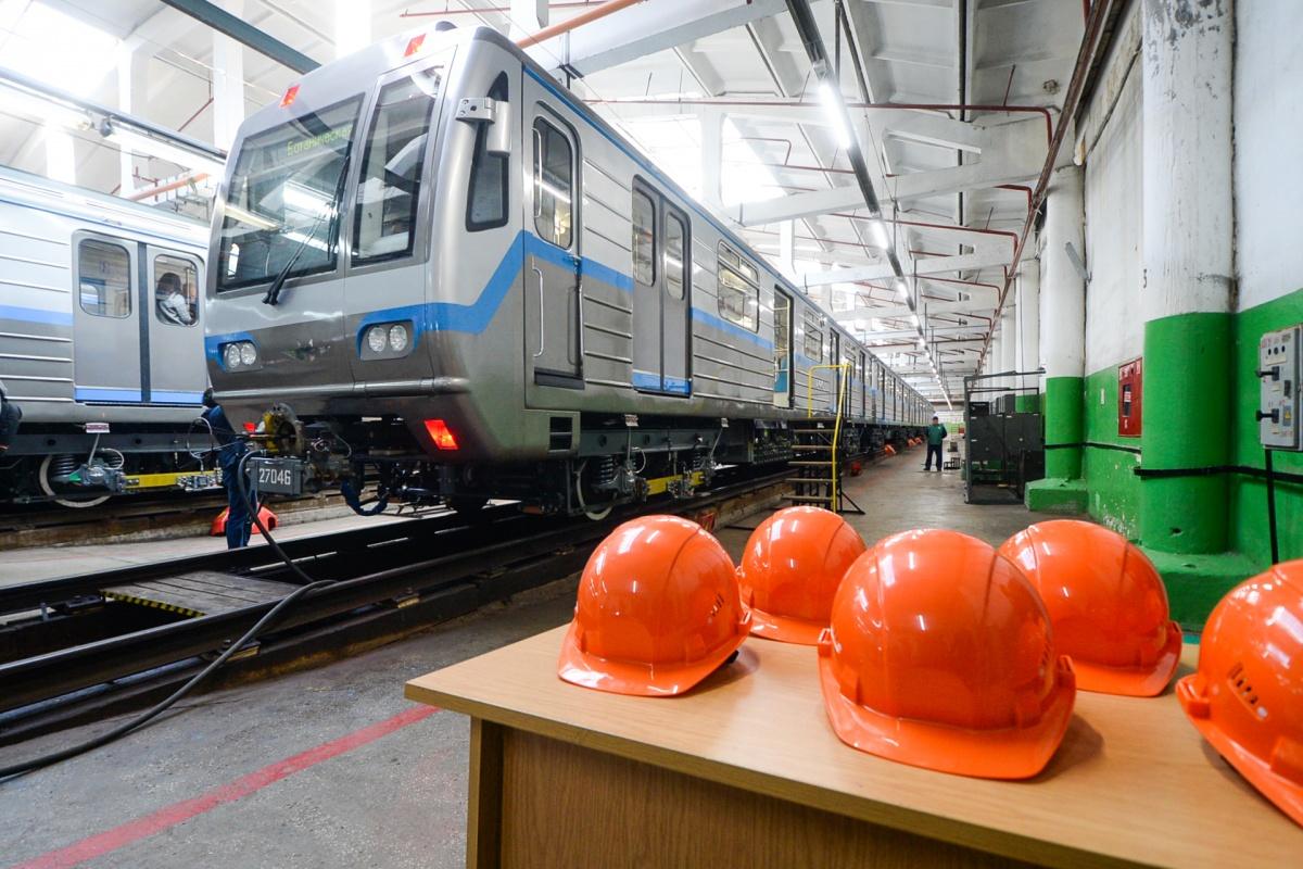 Стоимость одного такого состава составляет около 243 млн рублей