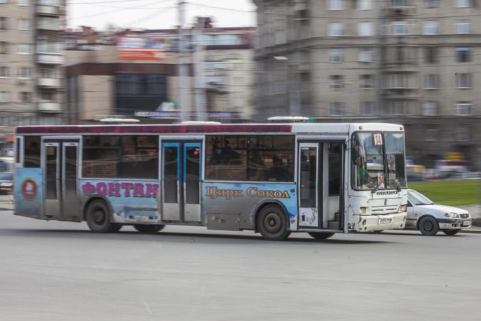 Остановка у «МЕГИ» лишилась одного из автобусов из-за пробок (схема)