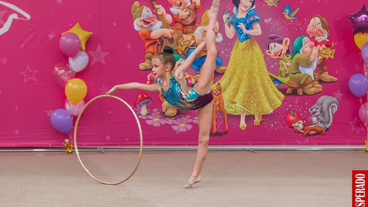 «Белоснежка» в Новосибирске: в городе прошел большой турнир по художественной гимнастике