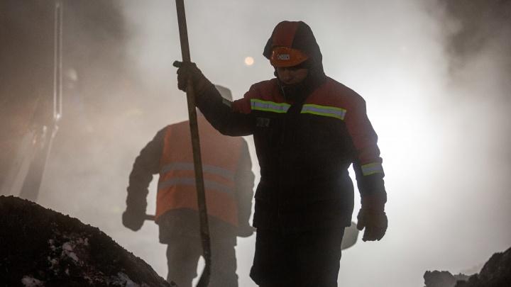 Локоть приехал. Что сейчас происходит на месте аварии на Северо-Чемском— смотрим в 10 фотографиях