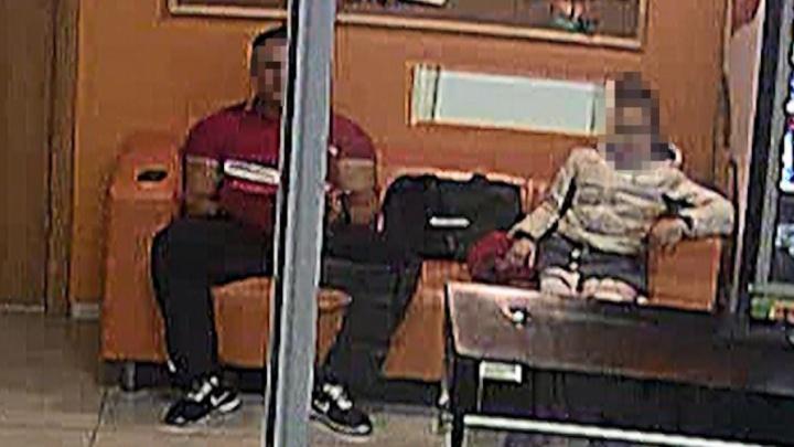 «Отгибал штаны и трогал»: девочка, обвинившая уральского тренера в педофилии, — о том, как всё было