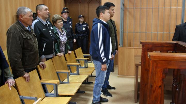 В учебке были самыми наглыми: в Екатеринбурге посадили бывших срочников, затравивших сослуживца