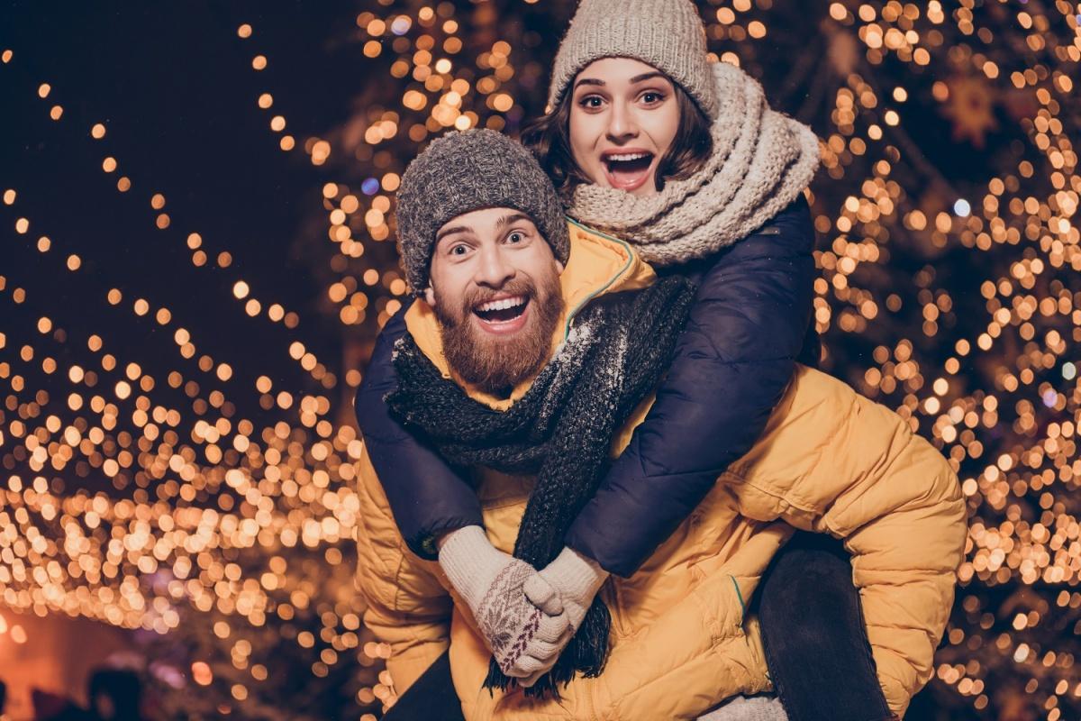 Стоматологи взялись за улыбки сибиряков и установили специальные цены к Новому году
