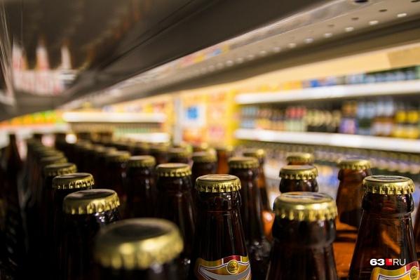 Пиво женщина обманом продавала под брендом «Жигулевское»