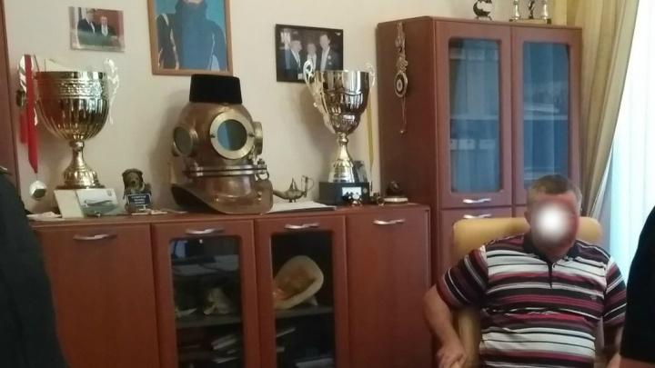 В Ярославле у татарских общественников отобрали мебель, люстру и аквариум