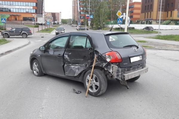 Столкновение произошлопри выезде на перекрёсток к Технопарку