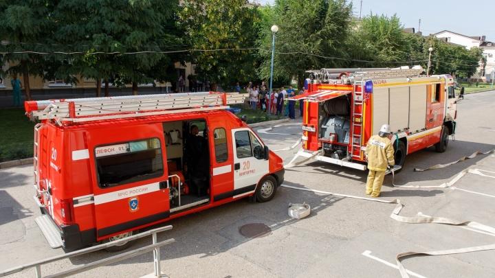 В Волгограде эвакуировали пациентов областной больницы