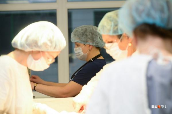 Из каждых четырёх медиков в Екатеринбурге трое — женщины