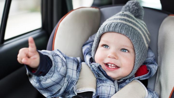 С малышом в «чужой» машине: родители променяли автобусы на такси