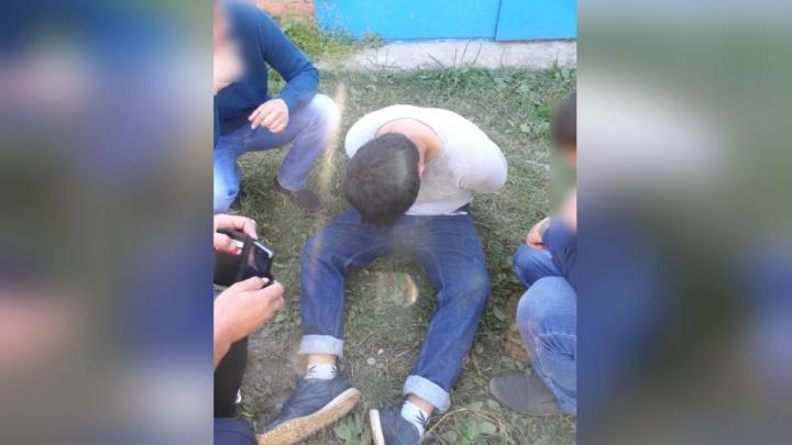 В Башкирии закладчик наркотиков ранил ножом полицейского