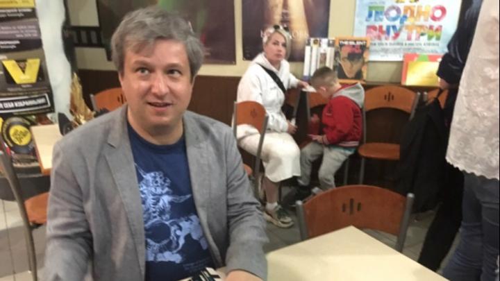 «Боязнь спойлеров — это болезнь»: кинокритик Антон Долин рассказал, какие фильмы нужно смотреть всем