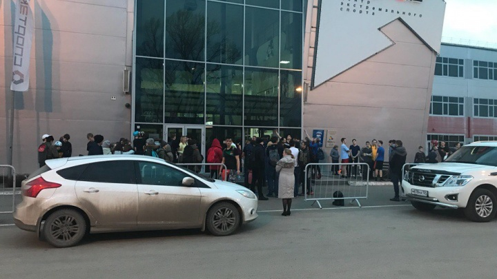 Пожарная тревога сработала в батутном спортивном центре Красноярска