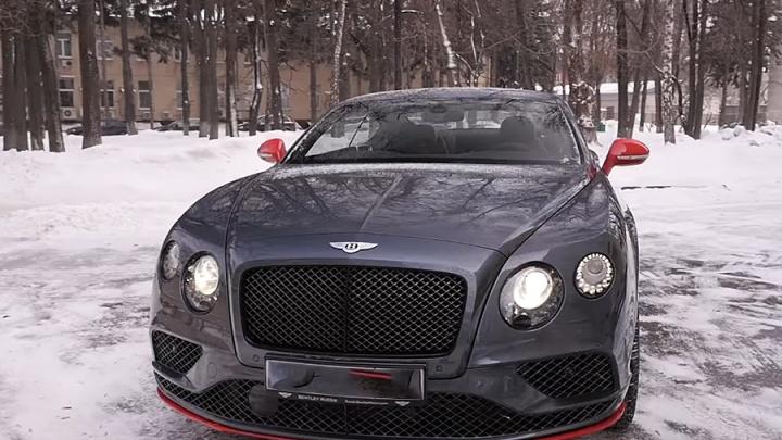 В Омской области зарегистрировали свыше 500 машин по цене трёхкомнатной квартиры