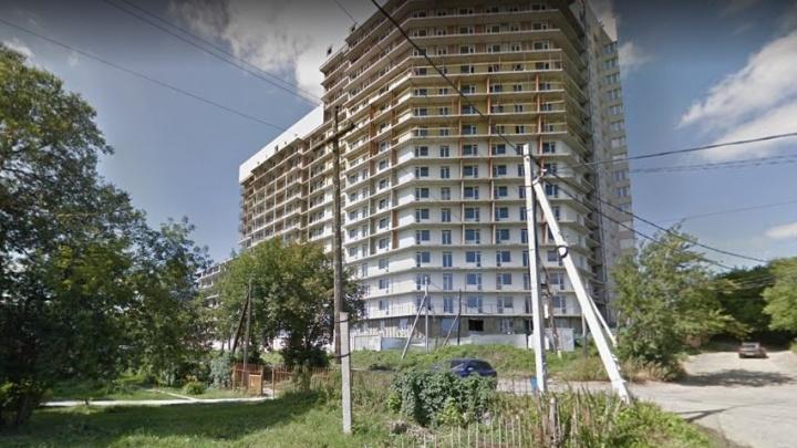 Бывшего строителя отдали под суд за обман дольщиков скандальных долгостроев на Тульской