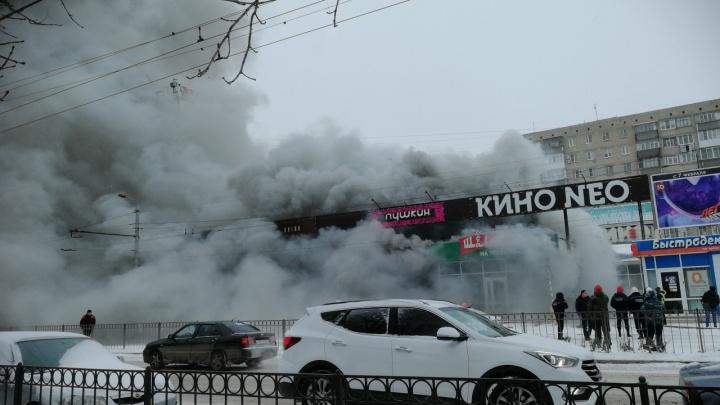 Бизнес прогорел: в Таганроге случился пожар в «Шаверме на углях»