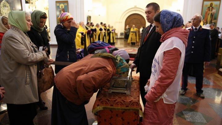 Торопись, чтобы успеть: мощи Спиридона Тримифунтского увезут из Ярославля раньше положенного срока