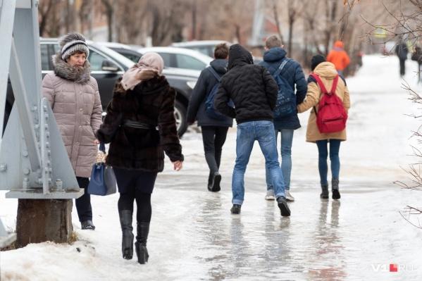 В мэрии утверждают, что на центральных улицах уборка не прекращалась