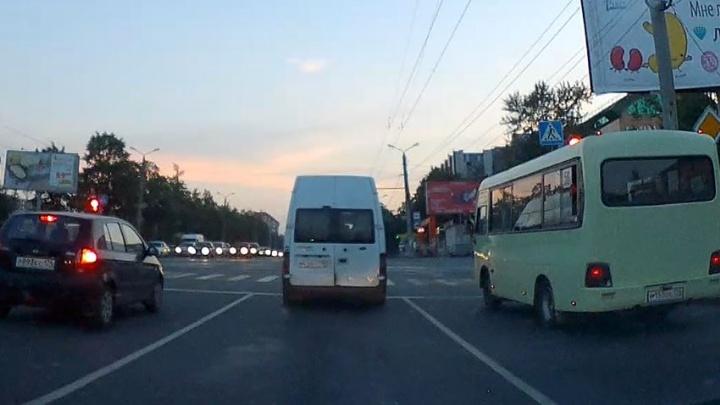 Лови маршрутку: лихие водители атаковали северо-запад Челябинска