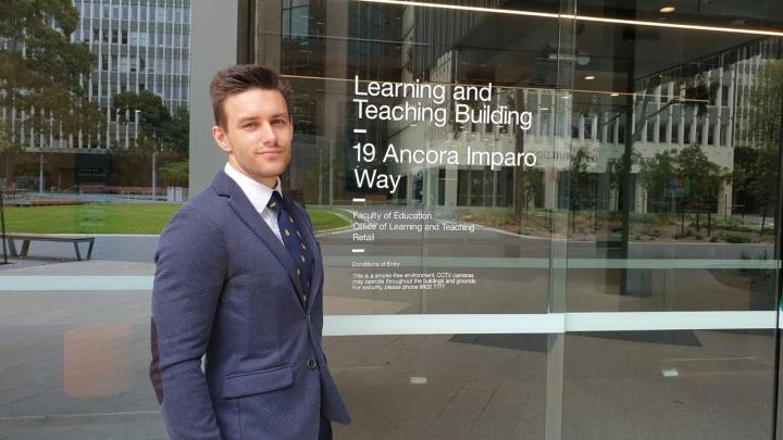 Учился в Австралии — работает в пермской школе. Знакомимся с участниками «Мужчины в образовании»