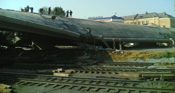«Было как в американском блокбастере»: очевидцы вспоминают, как рухнул мост на Восточной