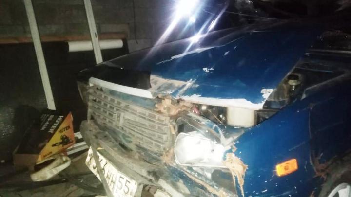 В Омской области подросток насмерть сбил пешехода и уехал с места аварии