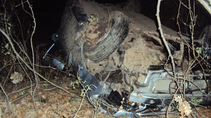 Не удержался на холодном асфальте: в Башкирии водитель опрокинул машину в кювет