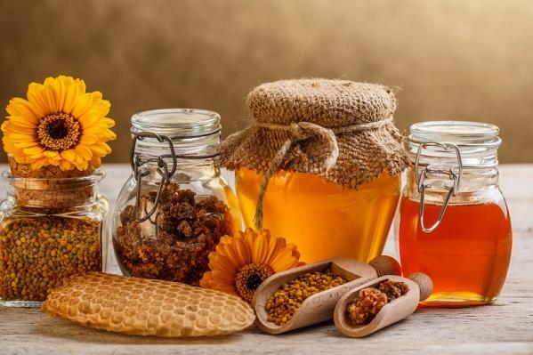 Пасечники дадут продегустировать мёд и помогут выбрать целебное лакомство